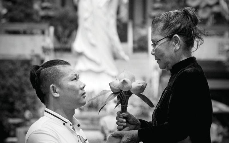 Nghệ sĩ xiếc Bảo Cường – Mỗi ngày hiểu thêm tình yêu thương của mẹ