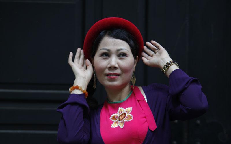 Ca sĩ Vi Hoa – Đời ca hát dịu dàng