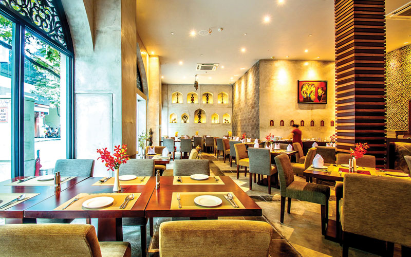 TANDOOR Restaurant – Enjoys Indian's Cuisine at the heart of the city