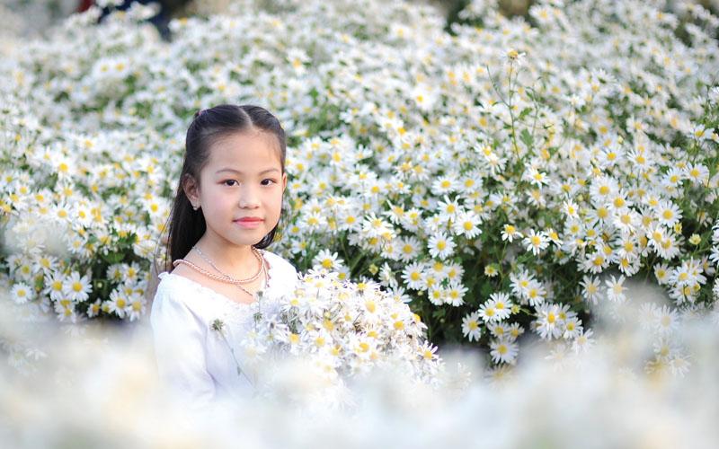 Tuổi thần tiên bên hoa