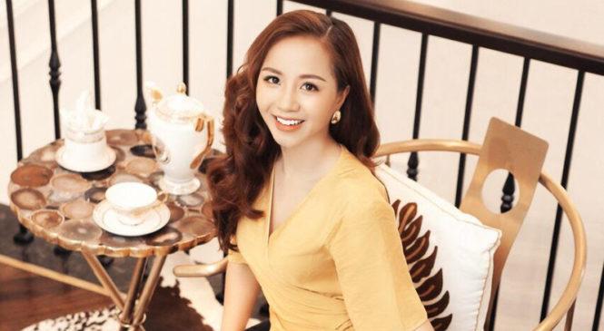 Nha khoa thẩm mỹ Quốc tế Jet Dentist: CEO Phượng Nguyễn luôn nhận được lời khen ngoại hình trẻ so với tuổi từ sau khi cô làm răng thẩm mỹ bởi thiết kế đường cười đẹp