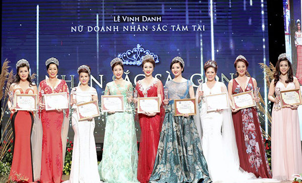 Lễ tôn vinh Nữ doanh nhân Sắc Tâm Tài sẽ khép lại sau 3 mùa thành công rực rỡ