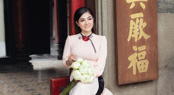 Hoa hậu PAULA LAM – Vẻ đẹp của mùa xuân
